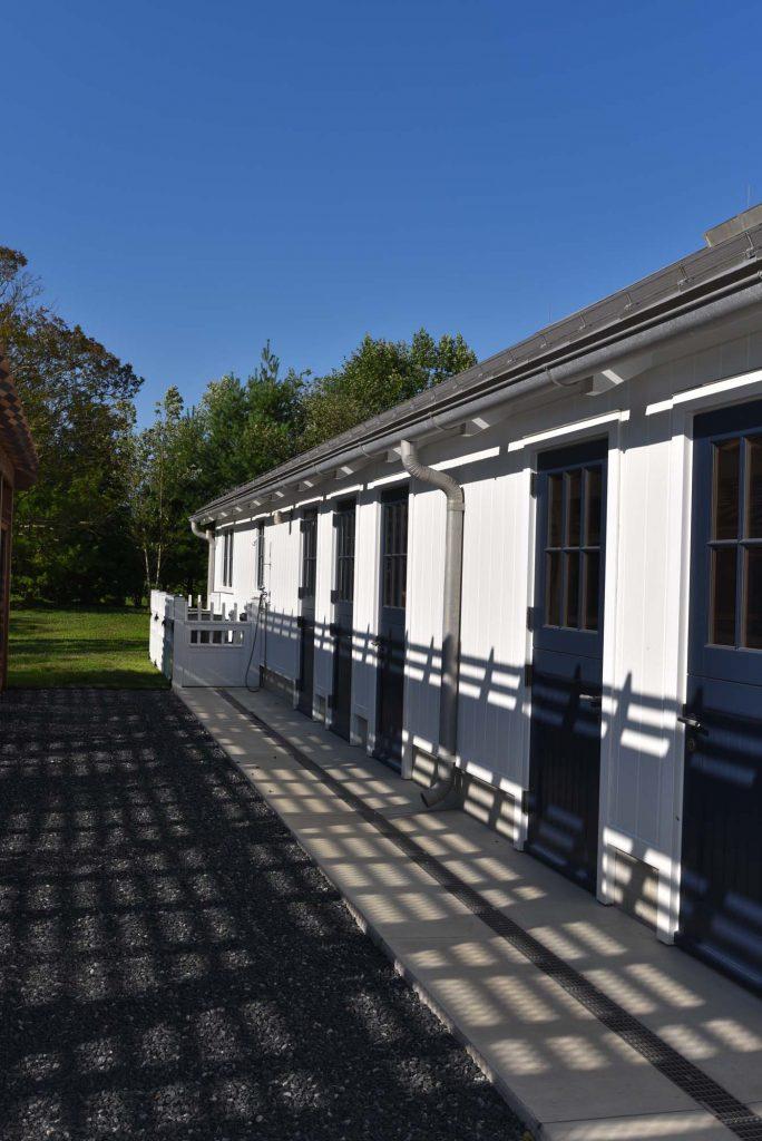 Kennel-Barn-Exterior-4-684x1024.jpg