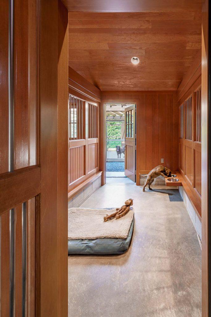 Kennel-Barn-Interior-2-683x1024.jpg