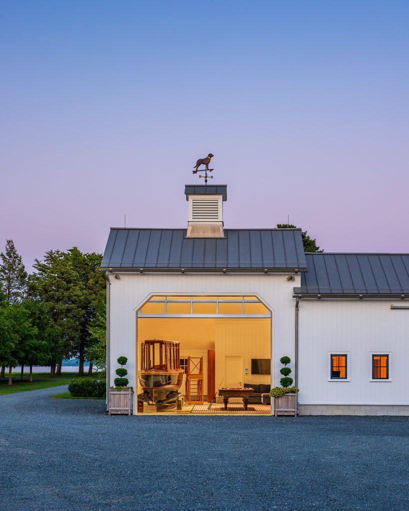 Kennel-Barn-Exterior-5-Door-Up-819x1024.jpg