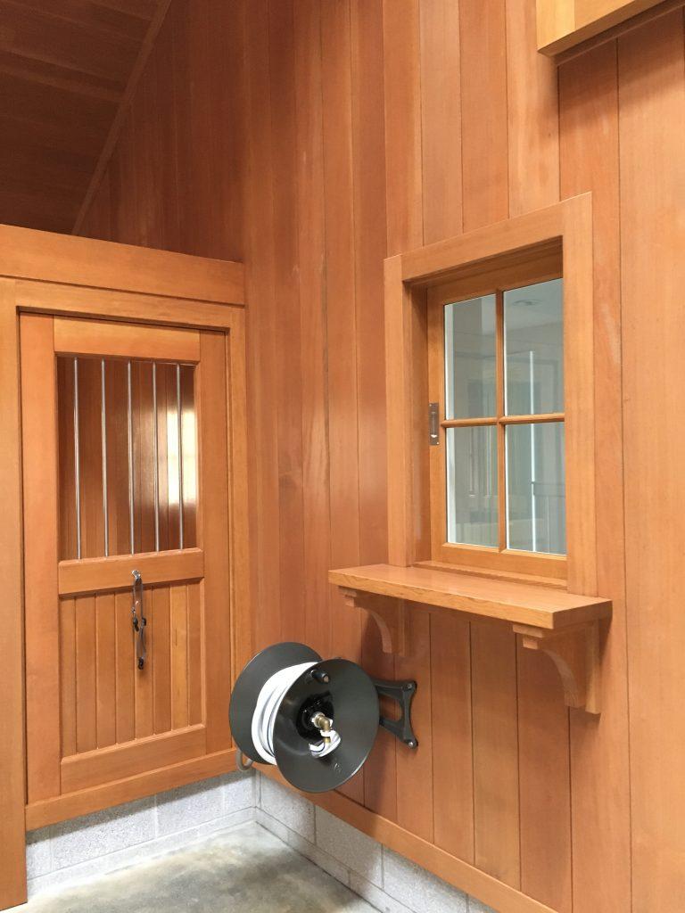 Kennel-Barn-Interior-3-768x1024.jpg