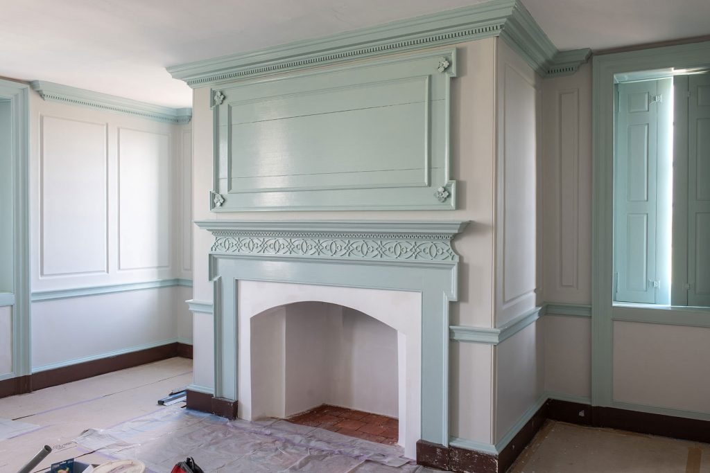 Shown here is the second-floor drawing room, notable  for its unusual use of plaster to imitate paneling.