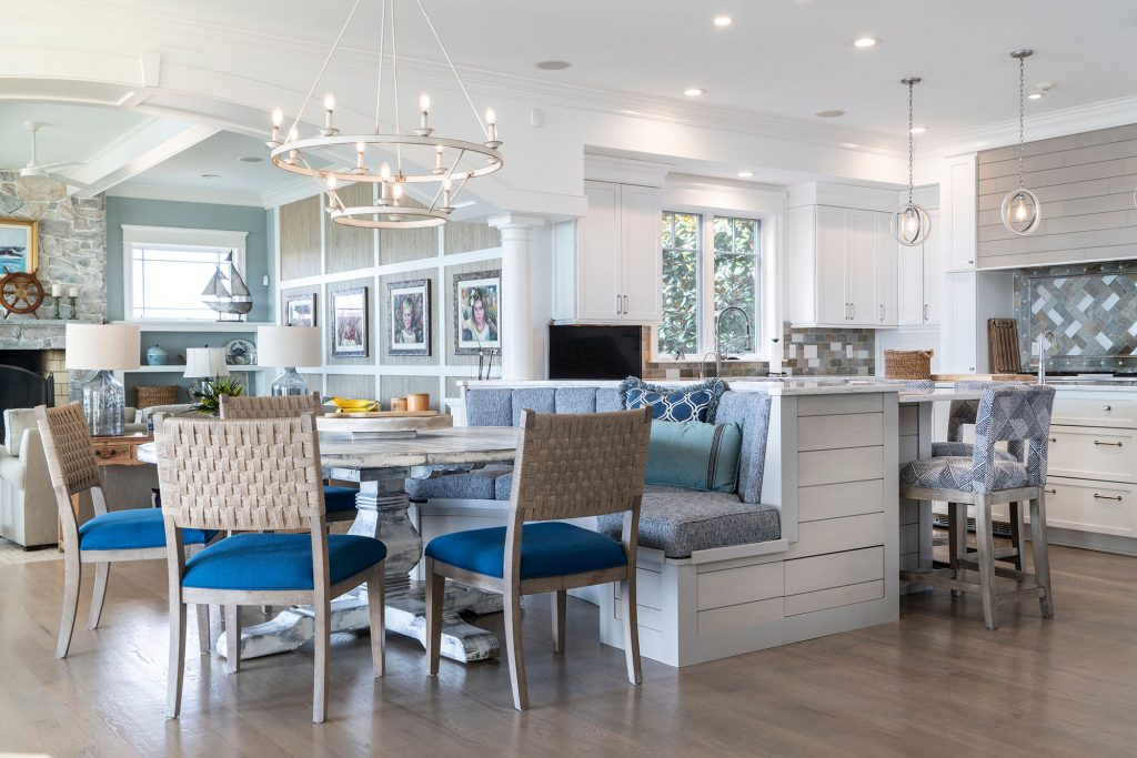 A curved banquette was built to accommodate a six-foot round table big enough for casual meals with the whole family.